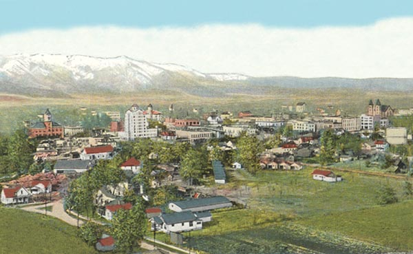 Postcard Birdseye view of Baker Oregon